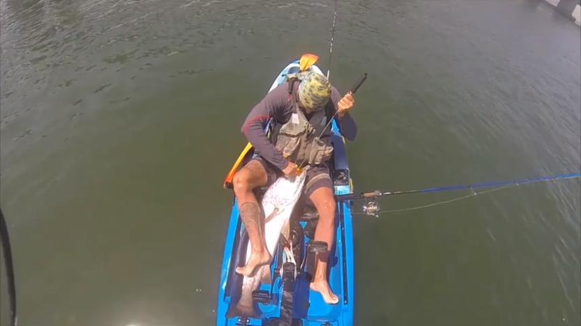 Kayakfishing Corvina Spinning com vinil